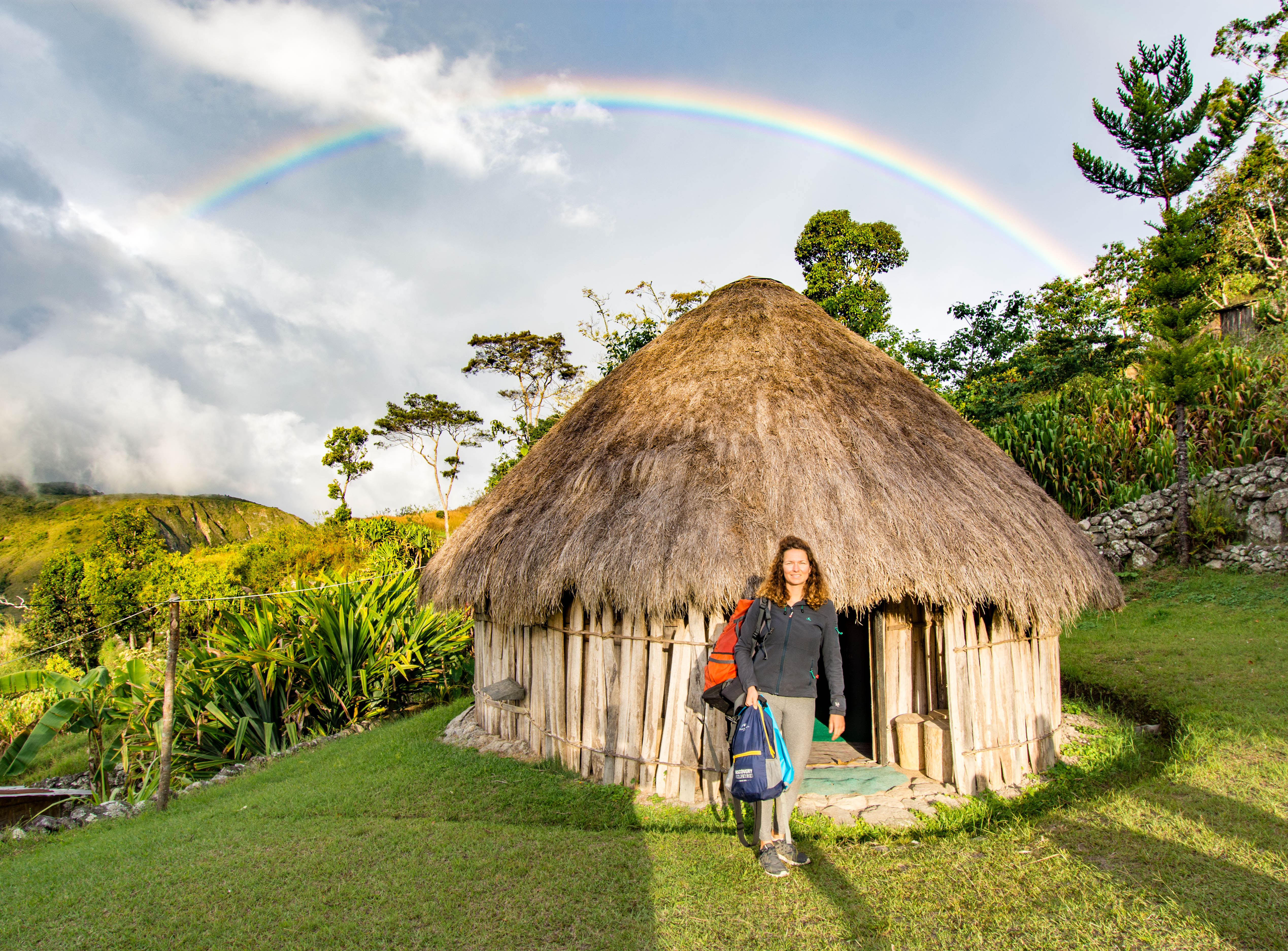 Baliem Valley Accommodation Hikiing